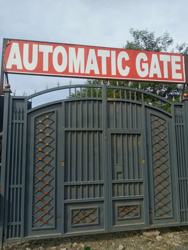 electric automatic gates